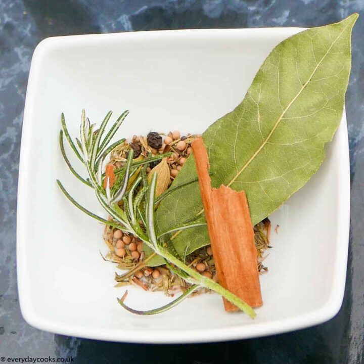 Top 5 Herb and Spice Mixes: Bouquet Garni.