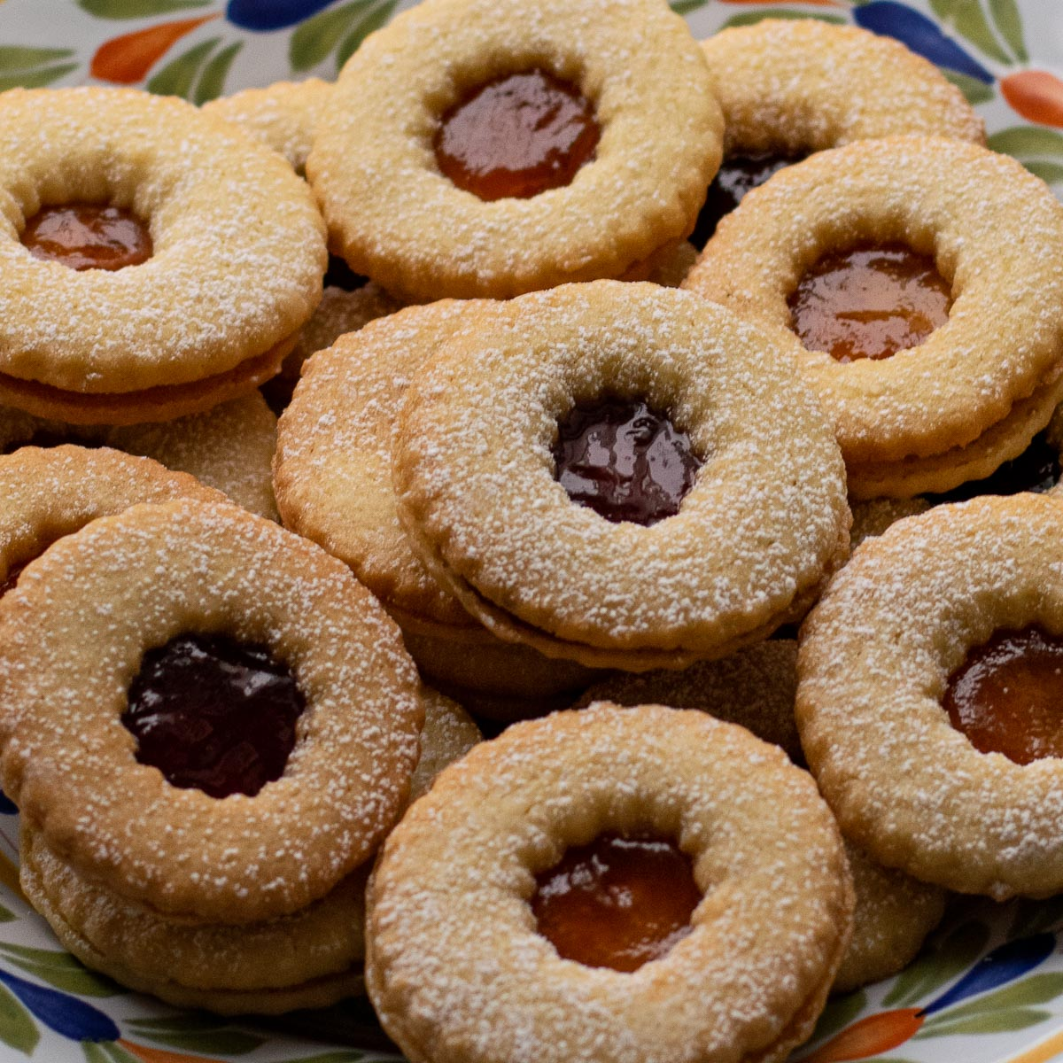 Jammy Dodgers on a patterned plate